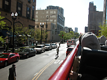 198-Bustour-durch-Chicago216x162.jpg