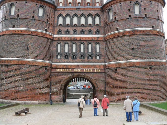 1-Holstentor-Luebeck